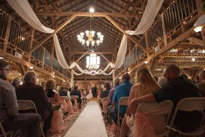 The Legacy Barn -Wedding and Event Venue
